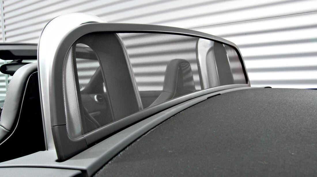 Audi TT Roadster, Windschott