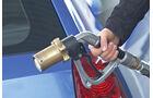 Autogas, Erdgas, Tanken