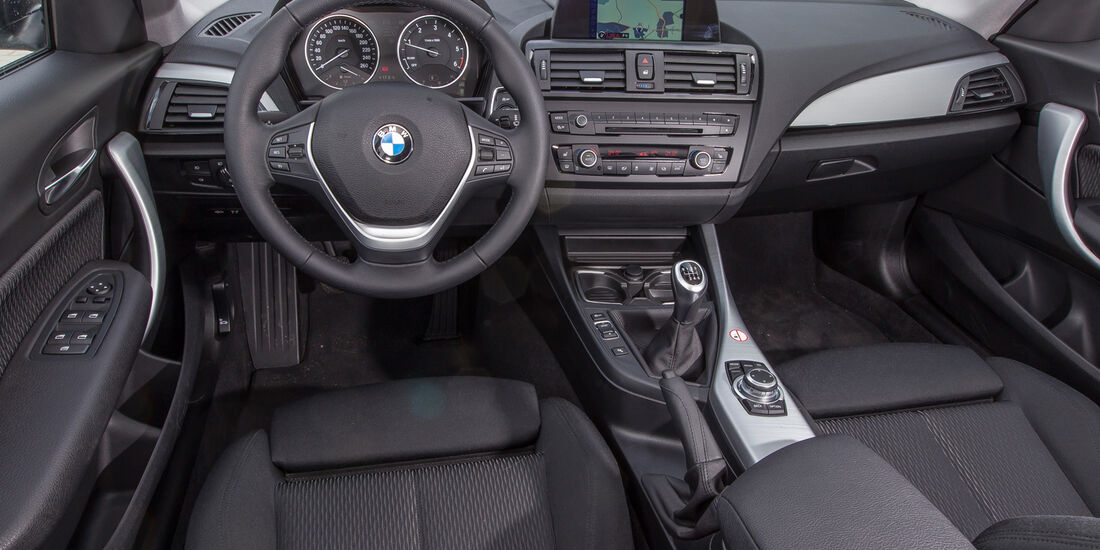 BMW 114d, Cockpit, Lenkrad