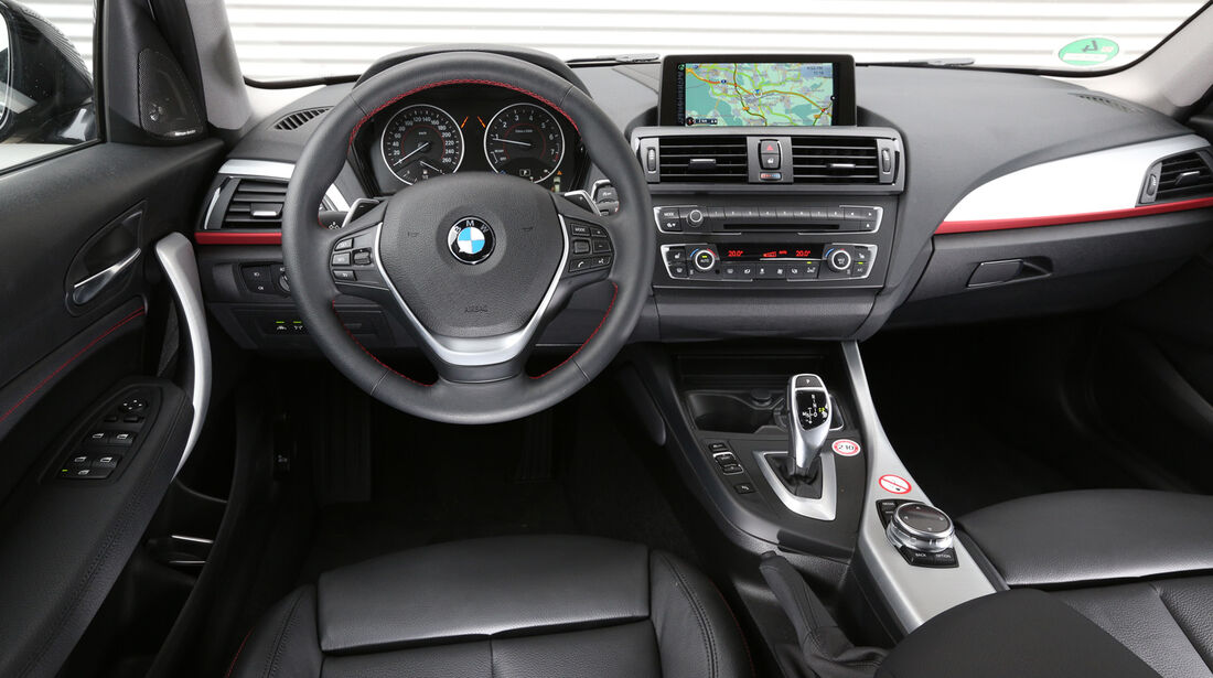 BMW 125i, BMW 125d, Cockpit