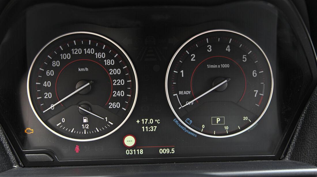 BMW 125i, BMW125d, Rundinstrumente