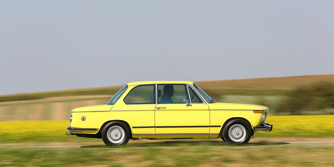 BMW-2002-tii-Seite