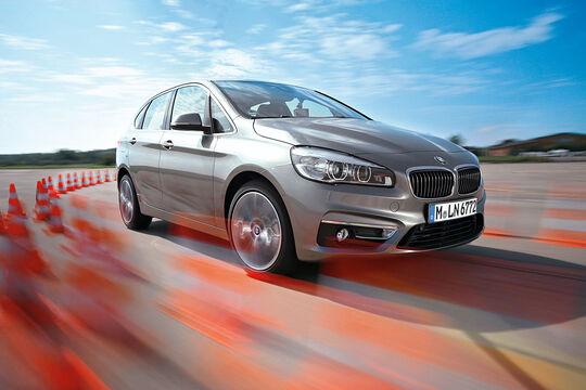 BMW 2er Active Tourer Teaser Umfrage