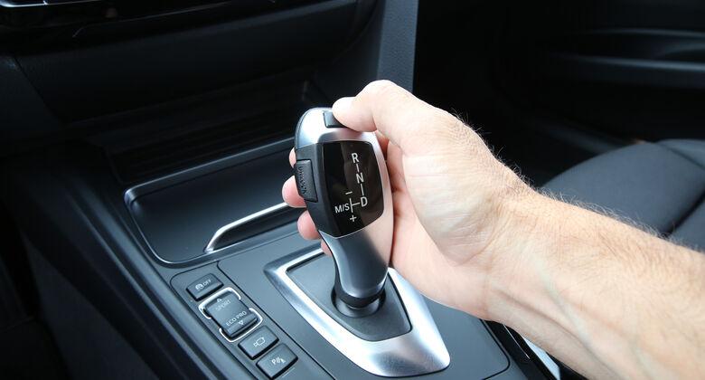 BMW 318i Touring, Schalthebel