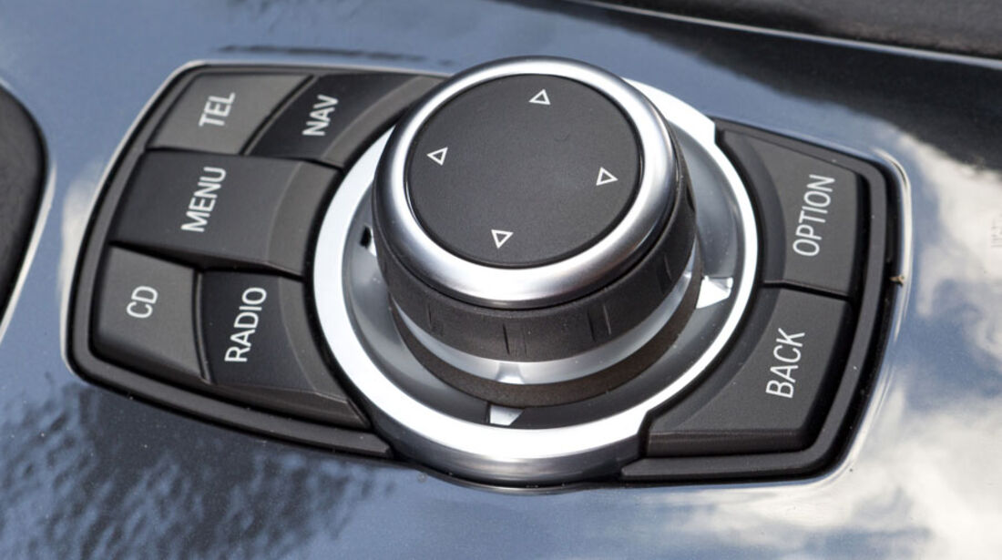 BMW 320d, i-Drive