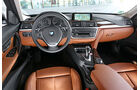 BMW 320i Touring, Cockpit