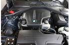 BMW 320i Touring, Motor