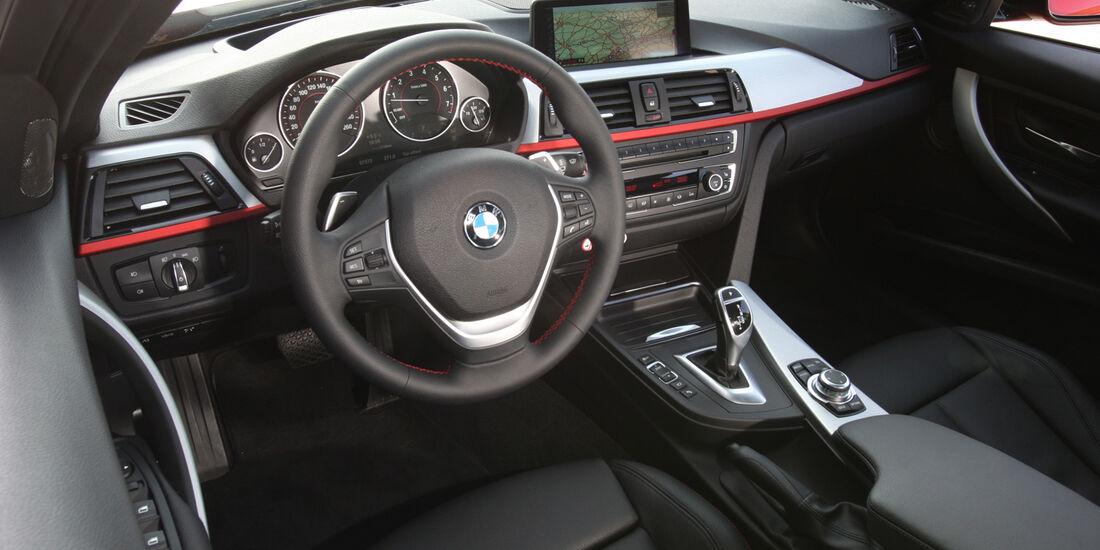 BMW 335i Sport Line, Cockpit