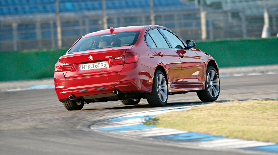 BMW 335i Sport Line, Heck, Kurve