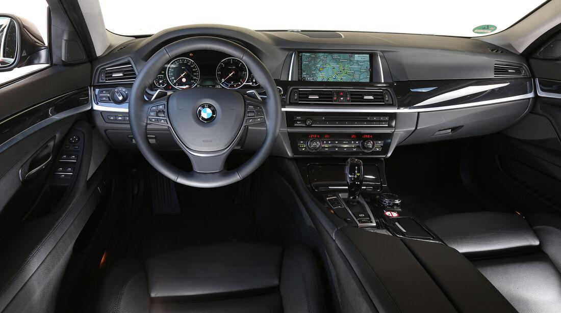 BMW 518d Touring, Cockpit