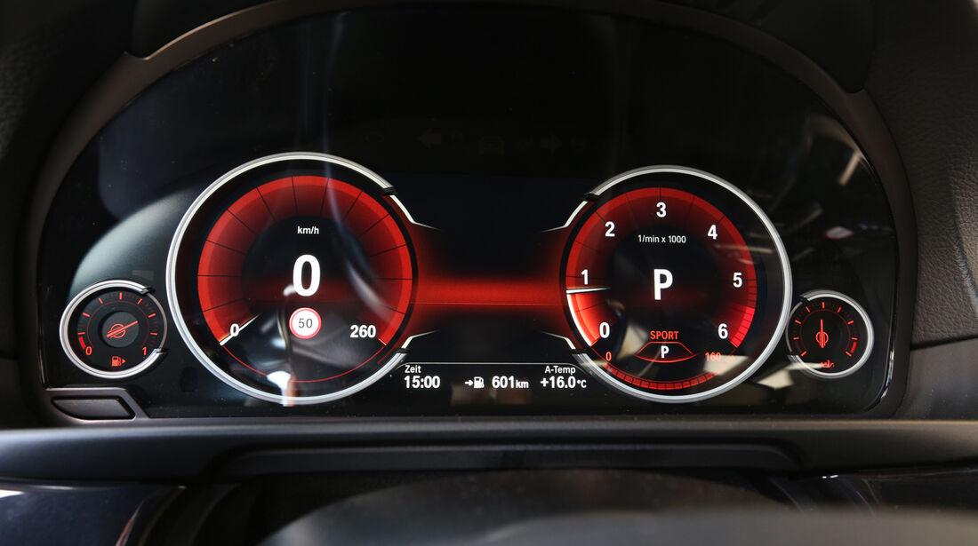 BMW 518d Touring, Rundinstrumente