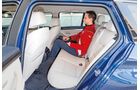 BMW 520d Touring, Rücksitz, Beinfreiheit