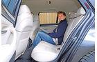 BMW 520i Touring, Rücksitz, Beinfreiheit