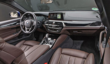 BMW 530i Luxury Line, Interieur
