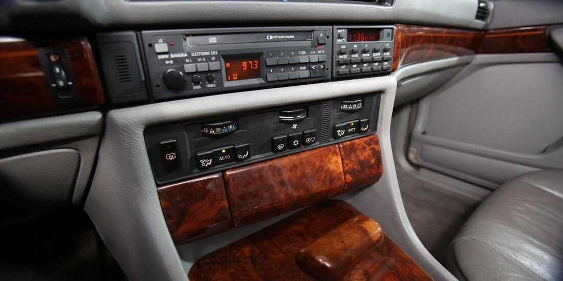 BMW 730i–750iL (E 32), V8/V12, Mittelkonsole