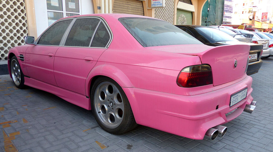 BMW 7er - Carspotting Bahrain 2014