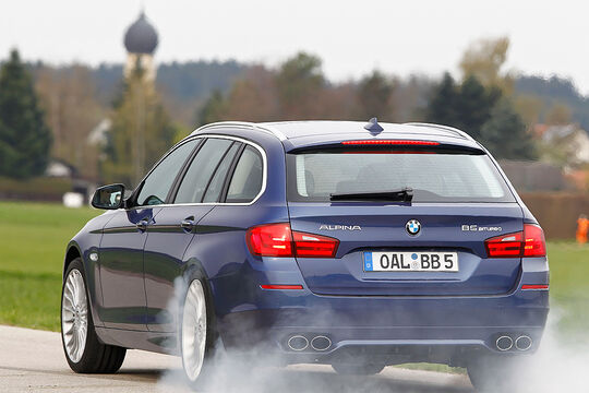 BMW Alpina B5 Biturbo Touring, RŸckansicht, Fahrt