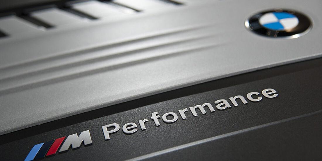 BMW M Performance Logo Schriftzug