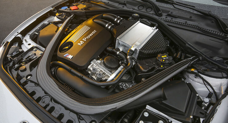 BMW M2 Competition, Motor