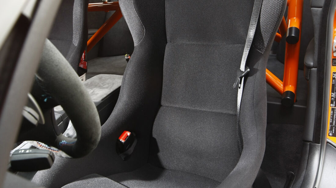 BMW M3 GTS, Sitz
