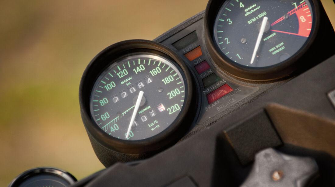 BMW R 100/7, Rundinstrumente