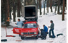 BMW, Reifenwechsel, Wald