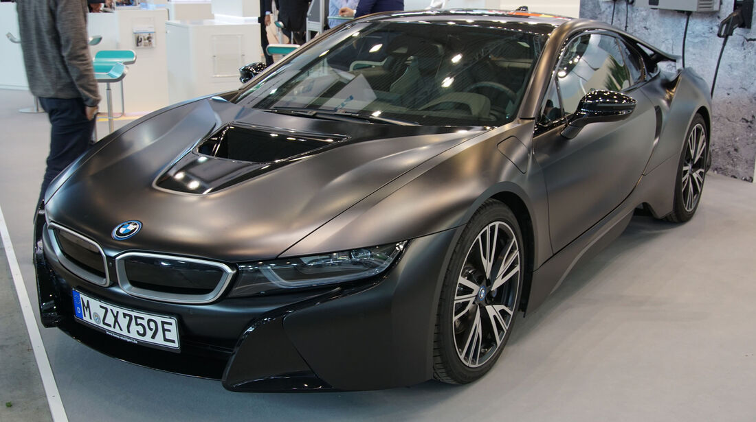 BMW i8 - Electric Vehicle Symposium 2017 - Stuttgart - Messe - EVS30