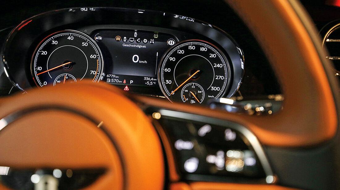 Bentley Bentayga, Anzeigeinstrumente