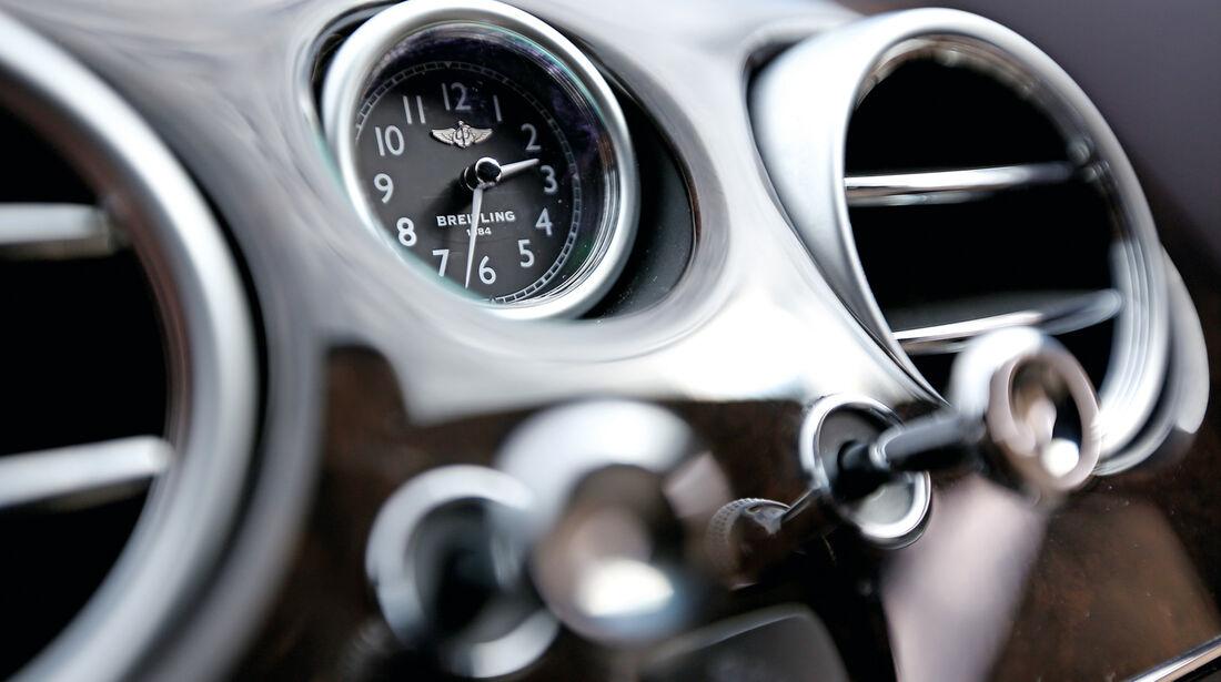 Bentley Flying Spur, Uhr, Breitling