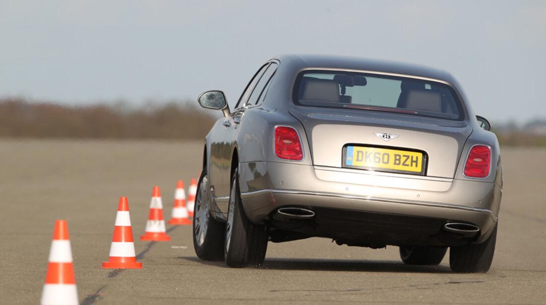 Bentley Mulsanne, Fahrt, Rückansicht, Teststrecke