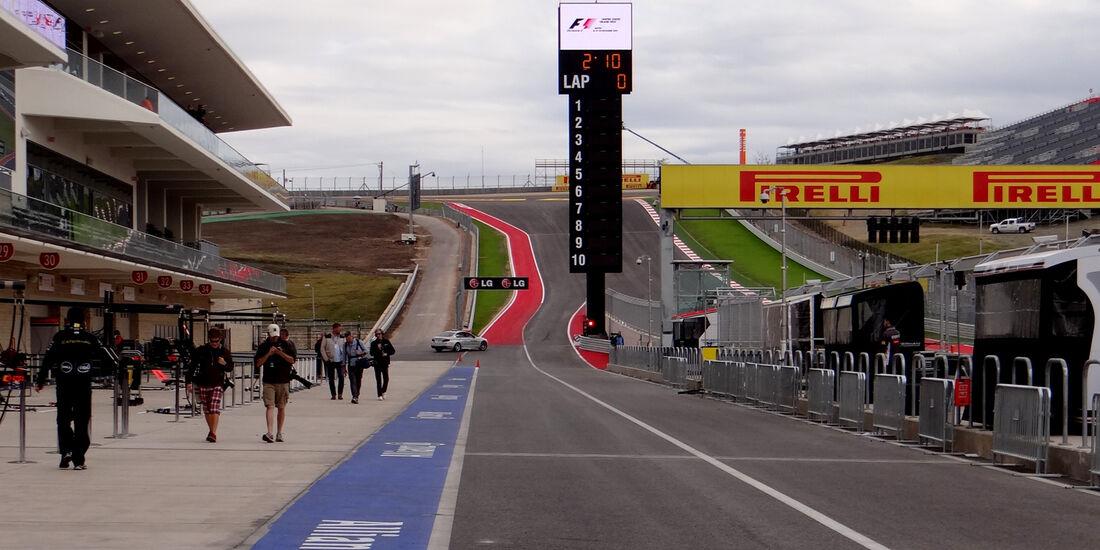 Boxengasse - Formel 1 - GP USA - Austin - 15. November 2012