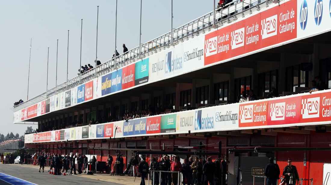 Boxengasse, Formel 1-Test, Barcelona, 20. Februar 2013