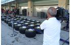 Boxengasse - GP Abu Dhabi - 10. November 2011