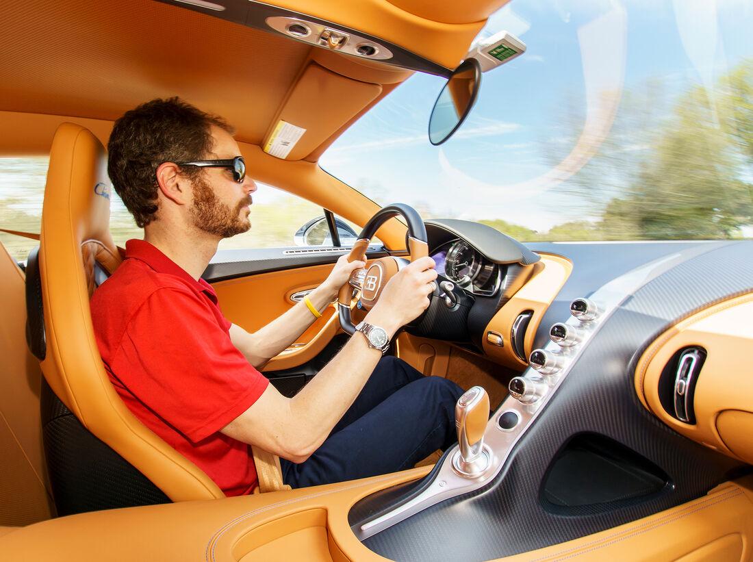 bugatti chiron im fahrbericht hypercar mit ps auto motor und sport. Black Bedroom Furniture Sets. Home Design Ideas