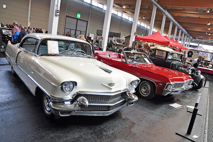 Cadillac DeVille Hardtop