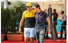 Carlos Sainz & Pedro de la Rosa - Formel 1 - GP Abu Dhabi - 24. November 2017