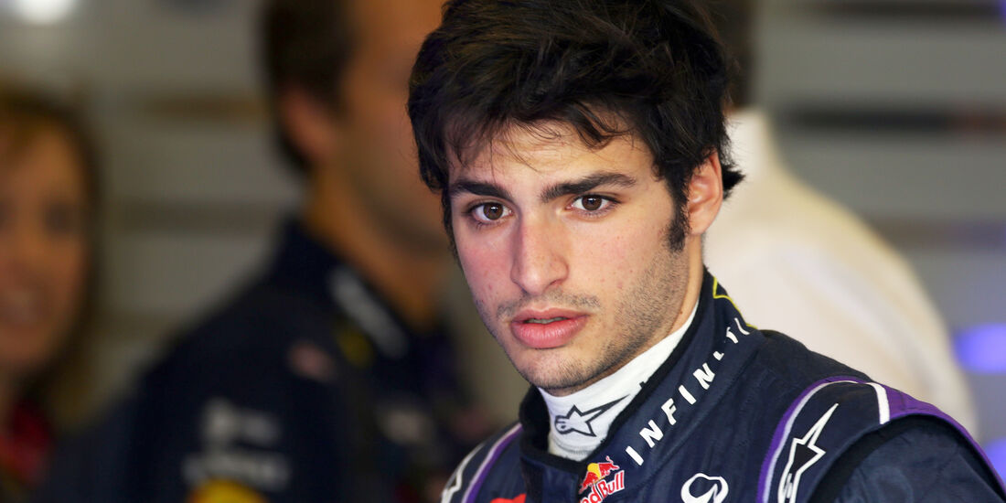 Carlos Sainz - Red Bull - F1 Test - Abu Dhabi - 2014