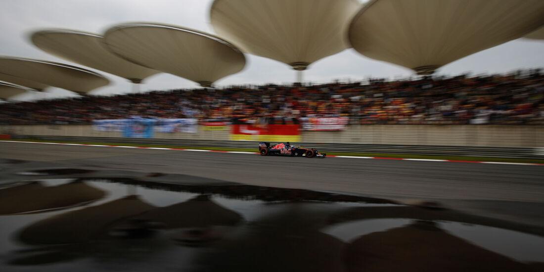 Carlos Sainz - Toro Rosso - GP China 2016 - Shanghai - Qualifying - 16.4.2016