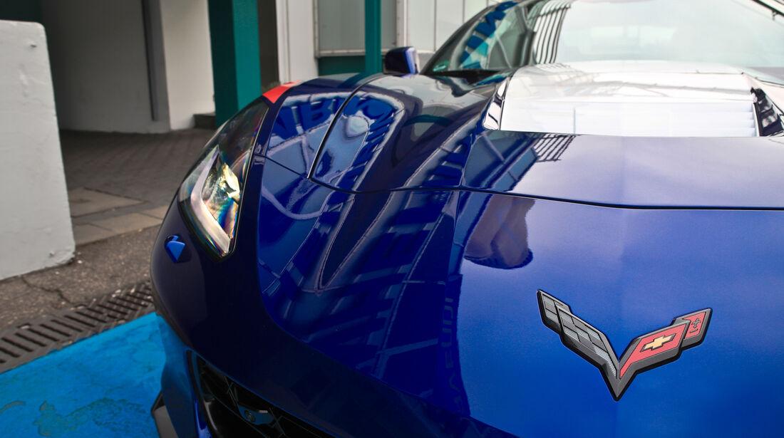 Chevrolet Corvette Grand Sport, Motorhaube