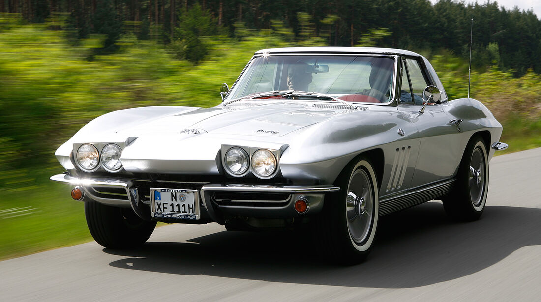 Chevrolet Corvette Sting Ray Convertible (1963)