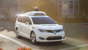 Chrysler Pacifica Hybrid Waymo autonomes Fahren