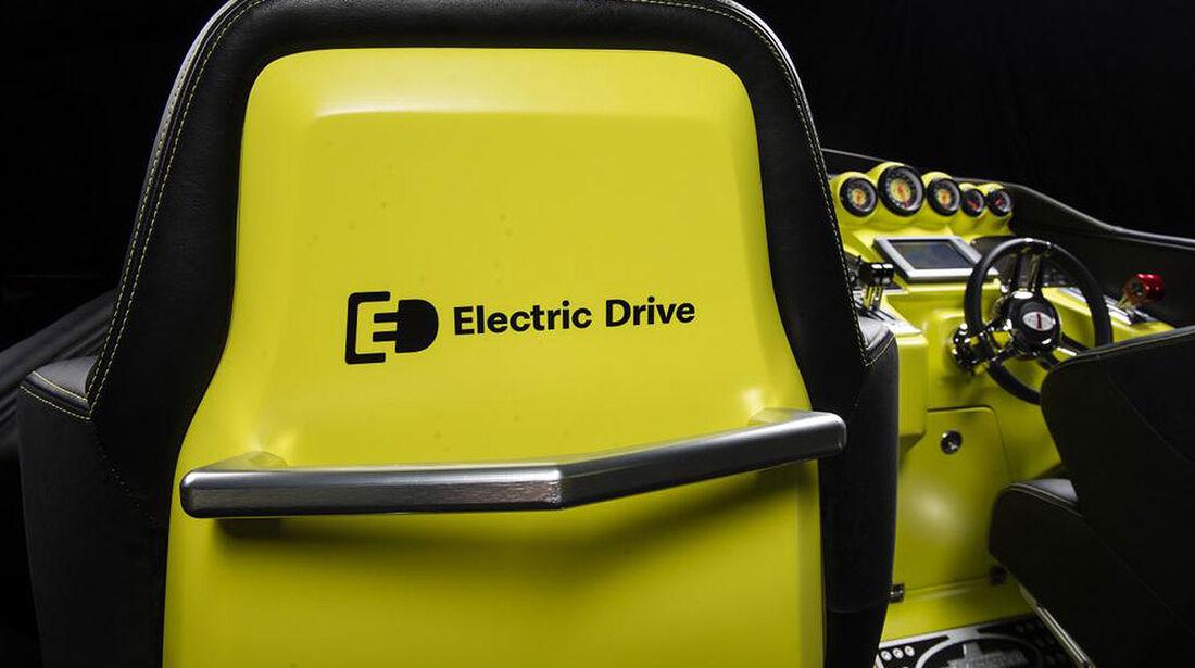Cigarette AMG Electric Drive concept