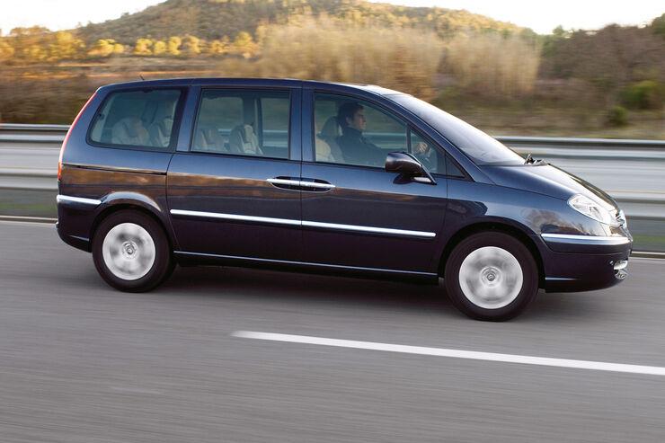 Citroën C8, Seitenansicht