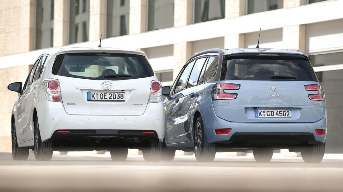 Citroën Grand C4 Picasso e-HDi 115, Toyota Verso 1.6 D-4D Life, Heckansicht