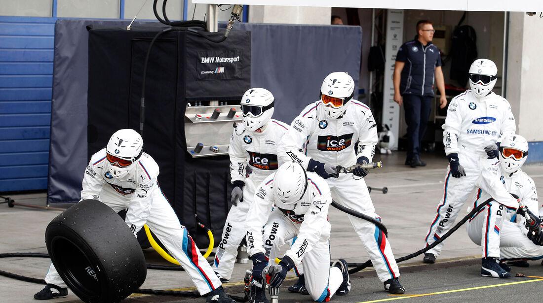 DTM 2015 - BMW - Mechaniker
