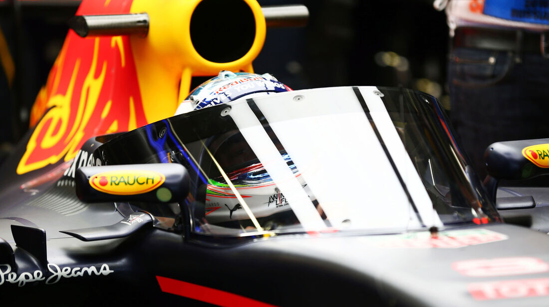 Daniel Ricciardo - Red Bull - Formel 1 - GP Russland - 29. April 2016
