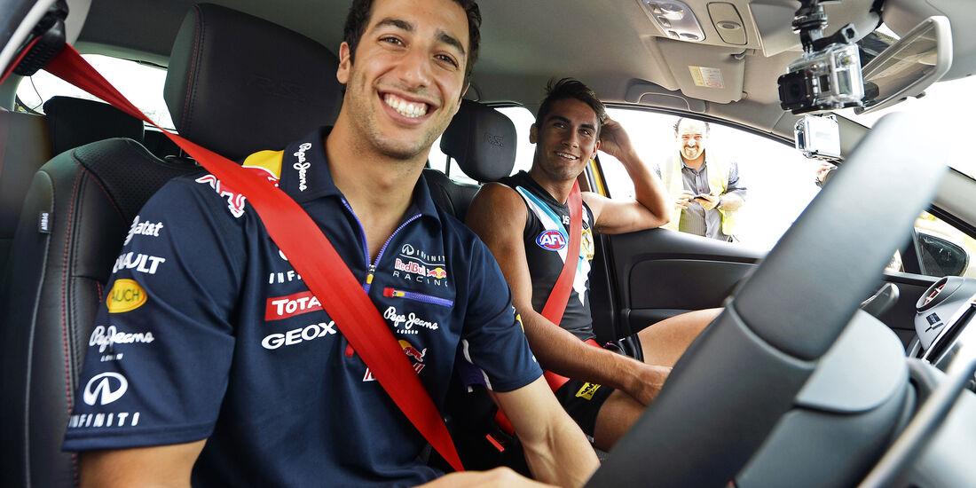 Daniel Ricciardo - Red Bull - Privatautos