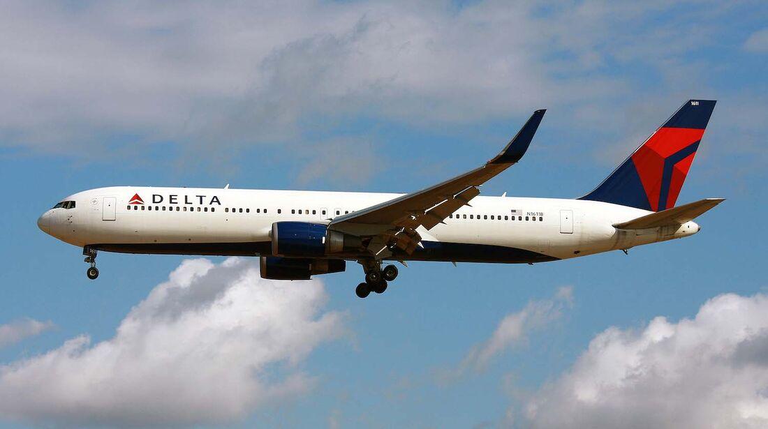 Delta Airlines Flugzeug Boeing 767-300