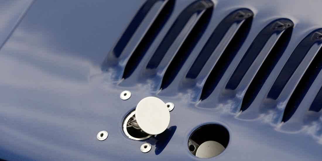 Donkervoort D8 GTO Performance, Benzinstutzen