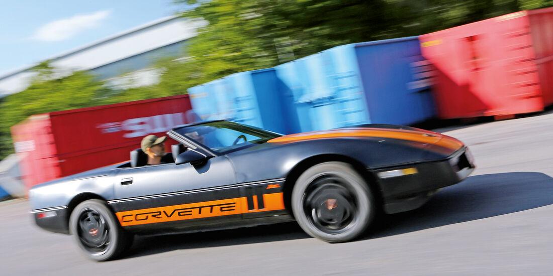 Einkaufs-Tour, Chevrolet Corvette C4 Convertible, Seitenansicht